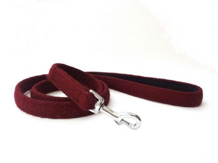 Maroon Wool Lead